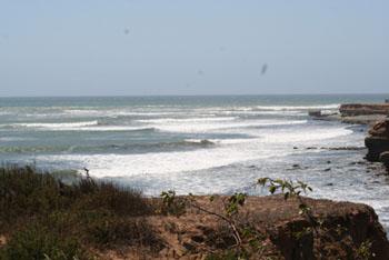 Surfing Baja Quatros Casas